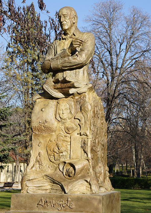 Monumento a Mingote, Blog Gavirental
